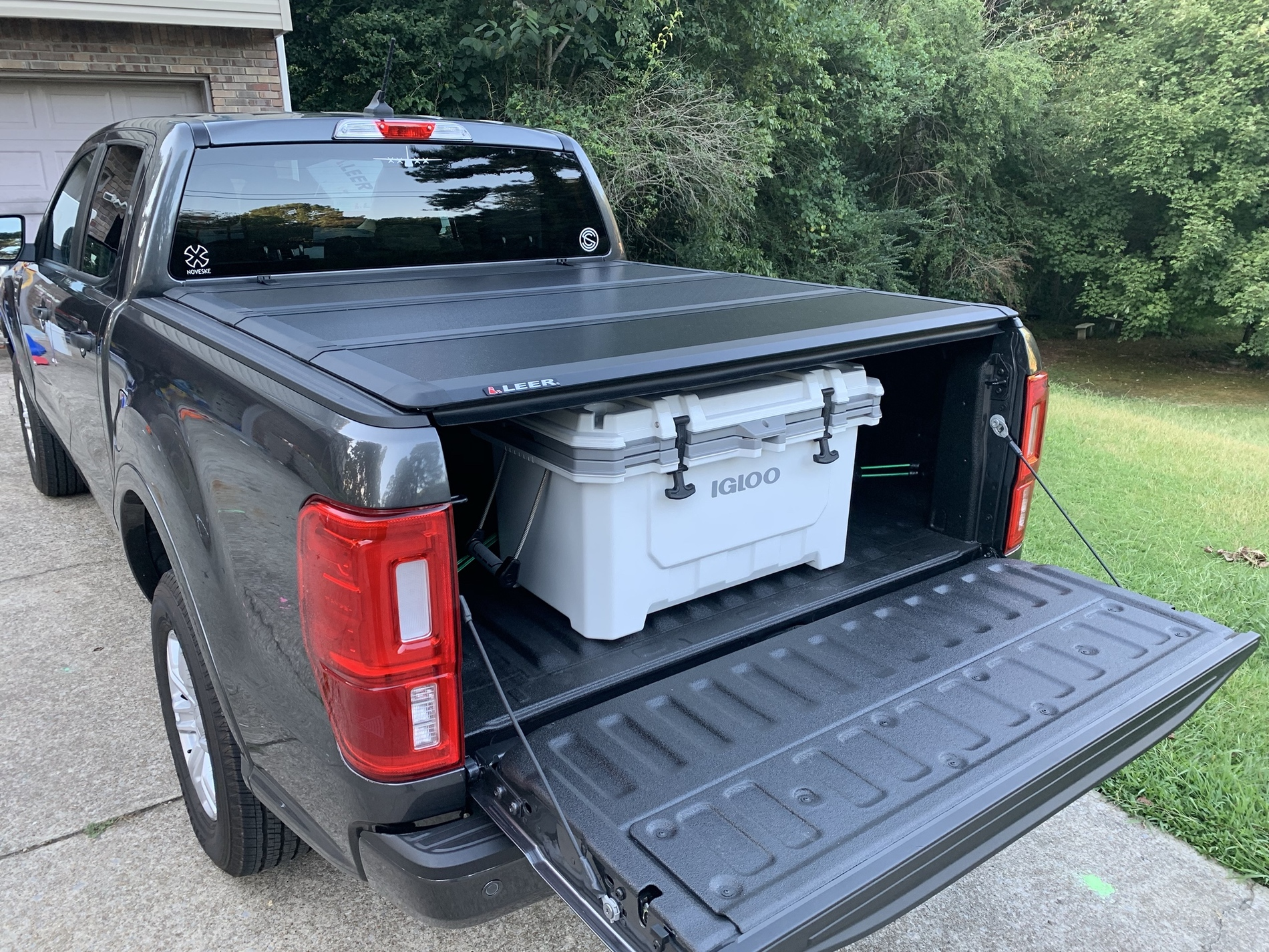 Leer Hard Folding Hf350m Tonneau Cover A Far Superior Quality Choice Page 3 2019 Ford Ranger And Raptor Forum 5th Generation Ranger5g Com