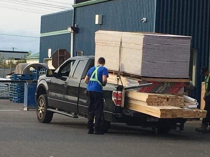 Ford-F-150-Owner-Exceeds-Payload-Capacity-001.jpg